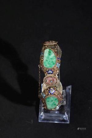 A silver filigree bracelet, China, 1900s