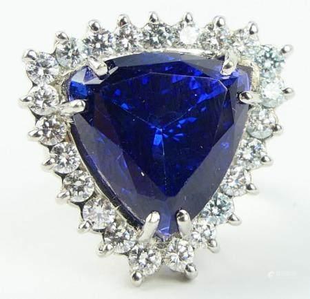 IMPORTANT HUGE TANZANITE 2CT DIAMOND COCKTAIL RING