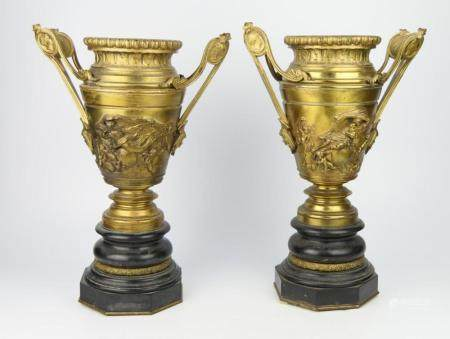 PAIR OF ANTIQUE FRENCH DORE BRONZE HANDLED URNS