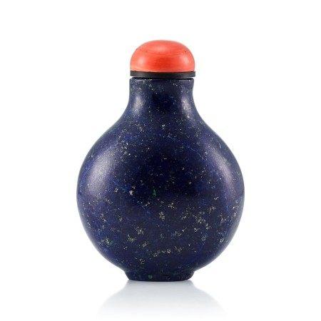 A Lapis Lazuli Snuff Bottle Qing Dynasty, 18th - 19th Century   清十八至十九世紀 青金石鼻煙壺