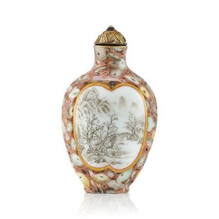 An Inscribed Puddingstone-Imitation Porcelain Snuff Bottle Qing Dynasty, Qianlong - Jiaqing Period   清乾隆至嘉慶 粉彩仿抱子石光開山水鼻煙壺