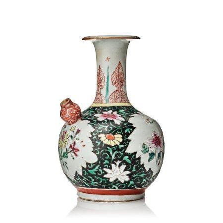A famille rose kendi, Qing dynasty, Qianlong (1736-95).