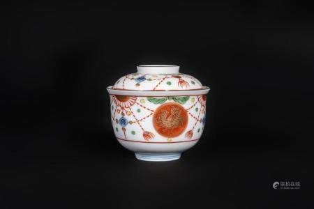 Japanese Art An Imari porcelain tea cup and cover Japan, 19th century