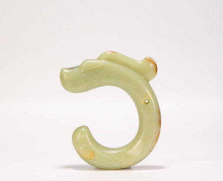 C shape jade with dragon form from Hong Shan Culture 紅山文化C形龍