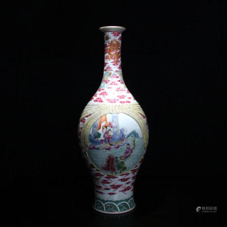 清 琺瑯彩人物圖包袱瓶