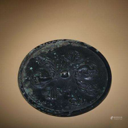 明 黑漆雙鳳紋銅鏡