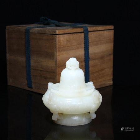 清 和田玉浮雕四聖香爐