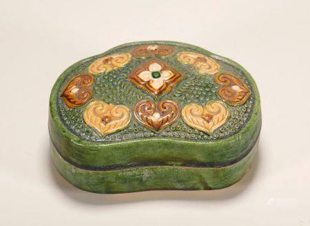 Tang Dynasty - Sancai Ruyi Pattern Box