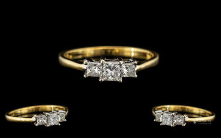 18ct Gold - Attractive and Contemporary Ladies 3 Stone Diamond Ring, The Princes Cut Diamonds of Top