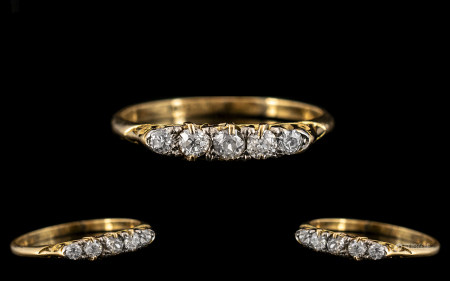 Antique Period 18ct Gold Attractive 5 Stone Diamond Set Ring. Marked 18ct. The Old Round Cut Diamond