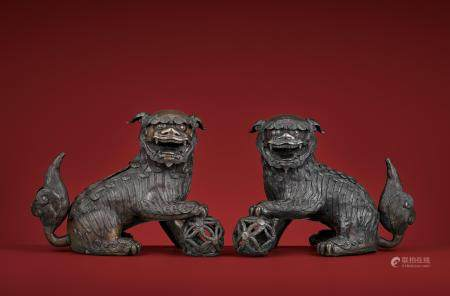 A PAIR OF MASSIVE 'BUDDHIST LION' CENSERS, 17TH CENTURY