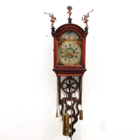 A Dutch Staartschippertje Clock