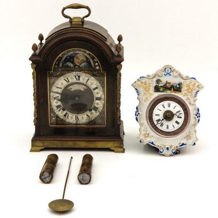 Table Clock and Wall Clock