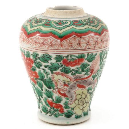 A Wucai Decor Vase