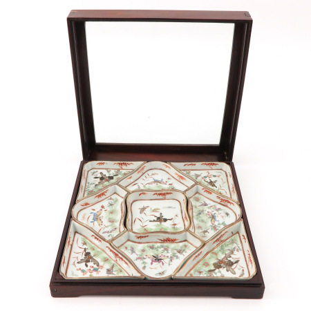 An Hordeover Tray in Display Box