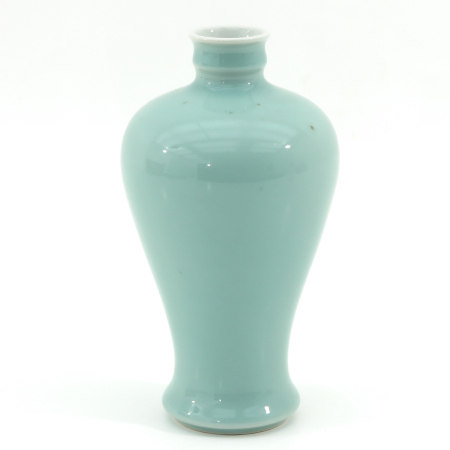A Celadon Meiping Vase
