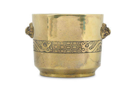A CHINESE BRONZE CYLINDRICAL INCENSE BURNER.