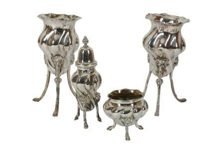 A PAIR OF VICTORIAN STERLING SILVER POSY VASES