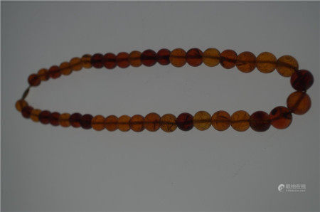 CHINESE AMBER BEAD NECKLACE