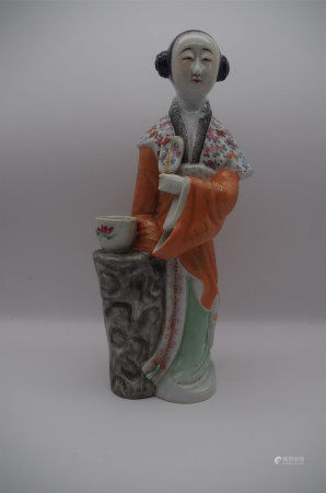 CHINESE PORCELAIN FAMILLE ROSE STANDING FIGURE