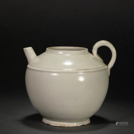 宋代定窑小壶 Ding Kiln Pot from Song