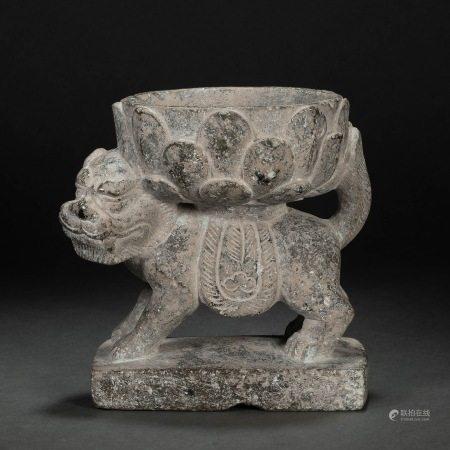 唐代青石兽背莲花灯座 Green Stone Beast Hold Lotus Lamp Holder from Tang