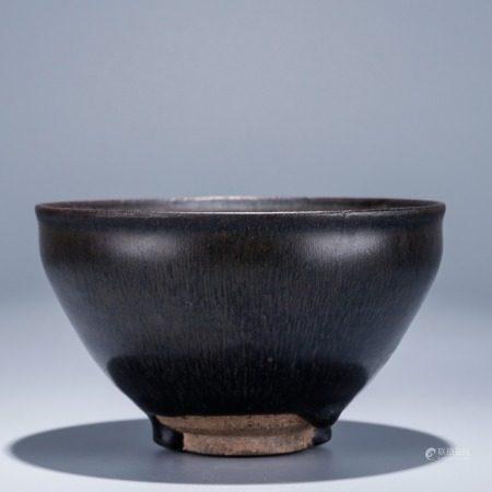 建窑黑釉茶盏