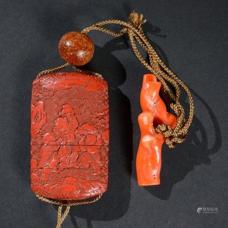 明代 帶珊瑚琥珀掛件剔紅嬰戲紋印籠