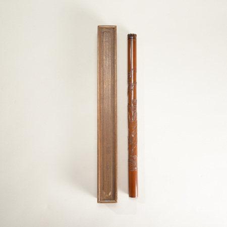 清代 黃楊木雕仕女紋香筒