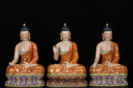 THREE PCS CHINESE VINTAGE PORCELAIN BUDDHA STATUES