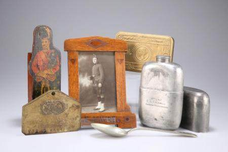 A WWI PEWTER SPIRIT FLASK ENGRAVED 2nd LIEUT. C L CALDWELL, GORDON HIGHLAND