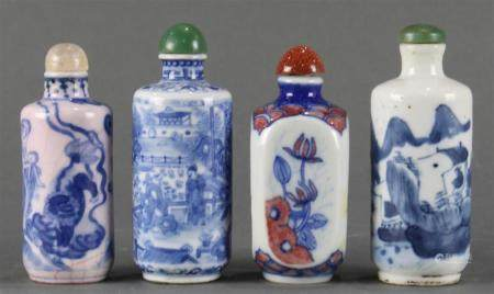 A (lot of 4) Chinese blue and white snuff bottles