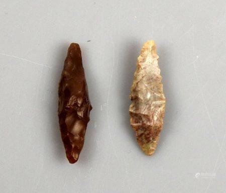 Deux pointes de flèches taillées de forme allongée Silex 3 et 3.2 cm Préhistoire
