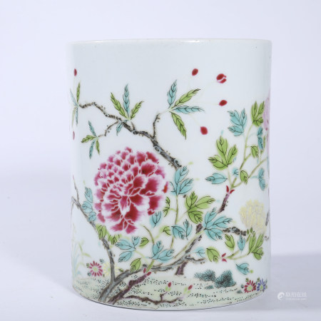 Qing Dynasty pastel flower pattern pen holder
