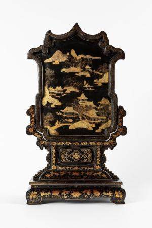 Table screen in lacquered wood and gold decorations, China, Canton 19th century