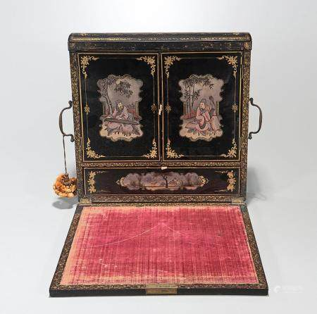 CHINESE LACQUER MULTI-COMPARTMENT STORAGE BOX