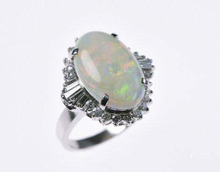 蛋白石鉑金戒指