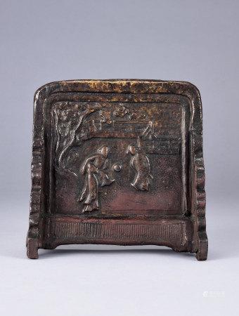 清 花卉蹴鞠紋陶硯屏
