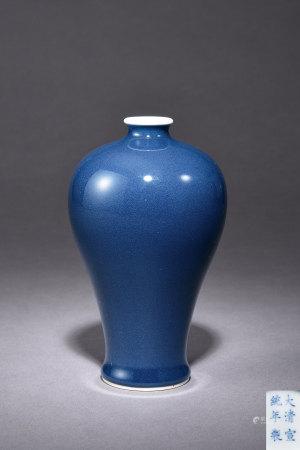 清 藍釉梅瓶