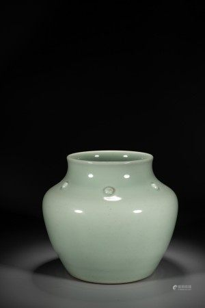 A CHINESE CELADON GLAZED JAR