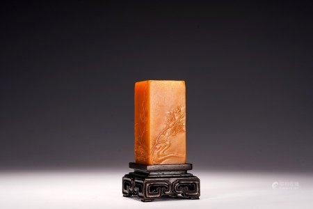 A CHINESE RECTANGULAR SHOUSHAN CARVED SEAL