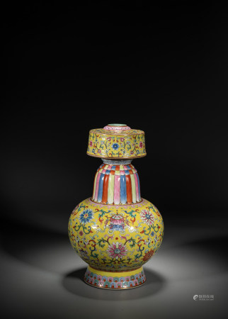 A CHINESE FAMILLE ROSE YELLOW GROUND ALTAR VASE