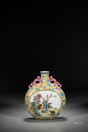 A CHINESE FAMILLE ROSE 'BIRDS' MOONFLASK