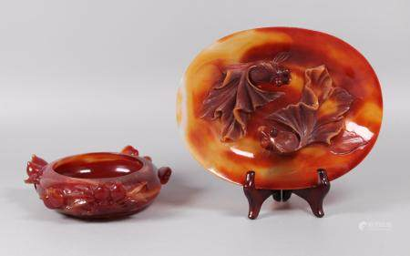 2 Chinese agate carvings
