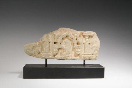 2~3世紀 石雕佛像題材擺件