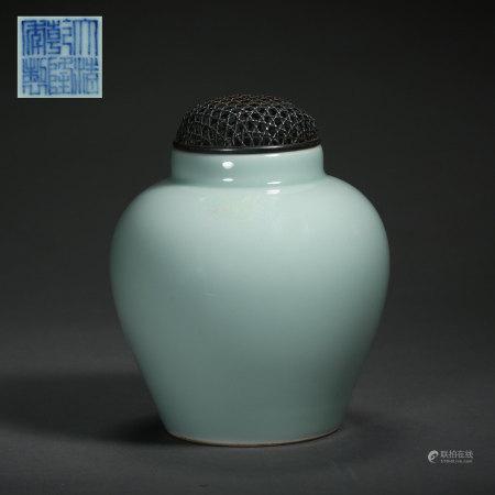SKY BLUE GLAZED SMALL JAR, QIANLONG QING DYNASTY, CHINA