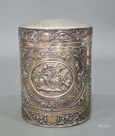 Runde Deckeldose, 800er Silber. Meisterpunze Jean L. Schlingloff, Hanau um 1900