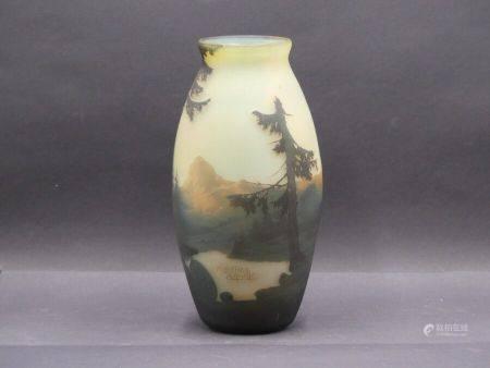 MULLER FRERES LUNEVILLE important vase vosgien