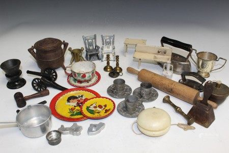 Antique toys lot