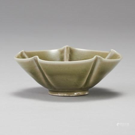 耀州窯 宋代 青瓷海棠碗